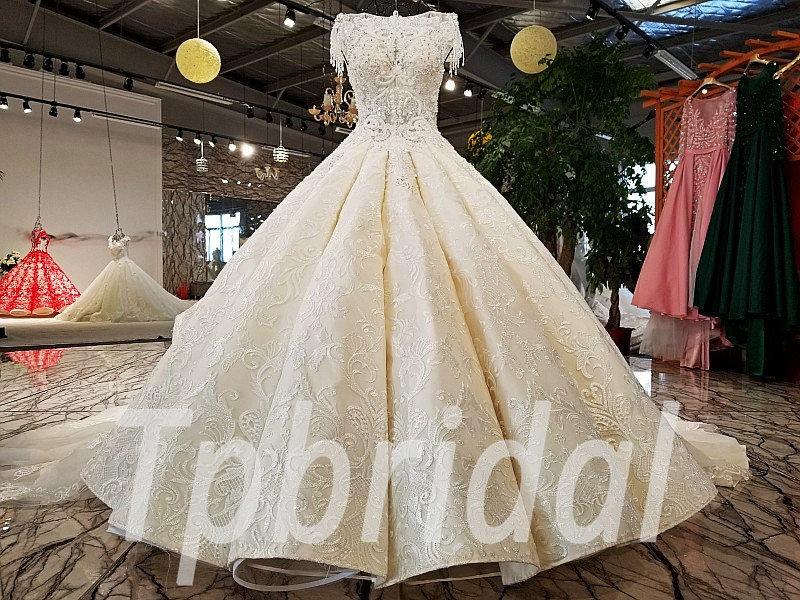be3d0b68f8 Ball Gown Wedding Dress Lace Crystal Long Train Bridal Dress