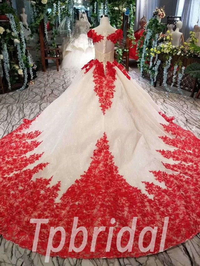 Red And White Wedding.Red And White Wedding Dress Ball Gown With Train